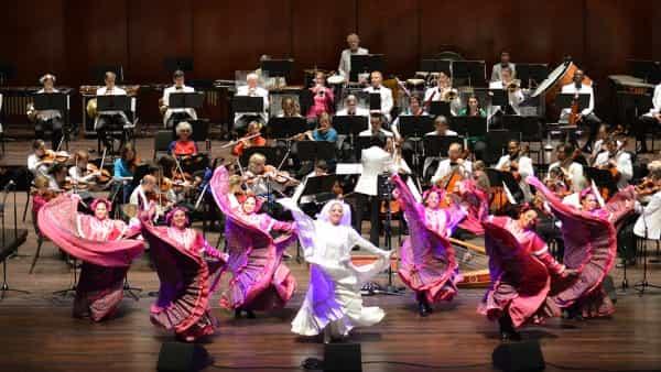 Fiesta pops San Antonio Symphony